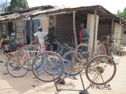 senegal-fahrradwerkstatt-1.jpg