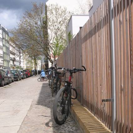 fahrradparkhilfe-choriner-strasse.jpg