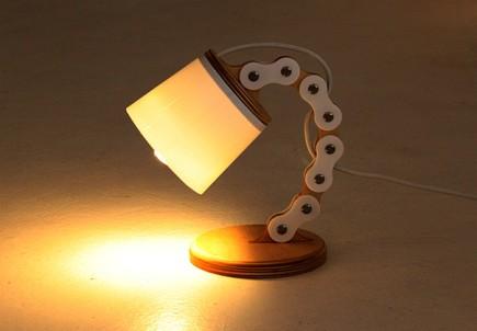 b chain lampjpg - Coole Nachttischlampen