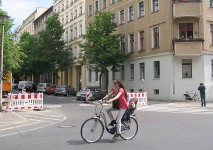 2011-05-24-fahrradstrasse-choriner-strasse.jpg