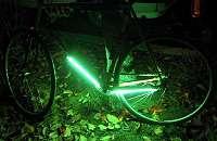 Fahrrad mit Unterbodenbeleuchtung